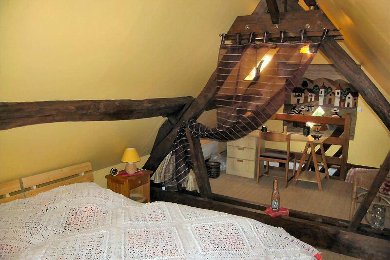 visite de la chambre d 39 hotes une location tape de charme au sud des yvelines vers. Black Bedroom Furniture Sets. Home Design Ideas